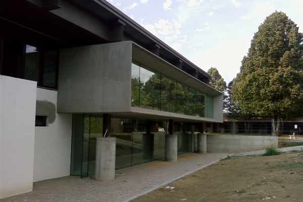 castellazzo-piscina-318DE3E6E-1BE4-3DF8-97A5-D04449F1ECB9.jpg